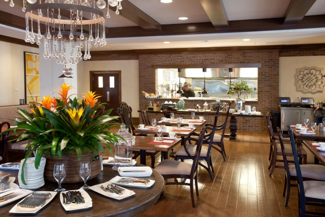 Hamiltons Kitchen at the Alfond Inn