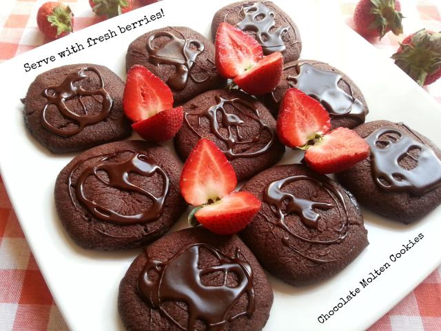 Serve the chocolate molten cookies with fresh berries #PillsburyMelts #ad #PlatefullCoOp