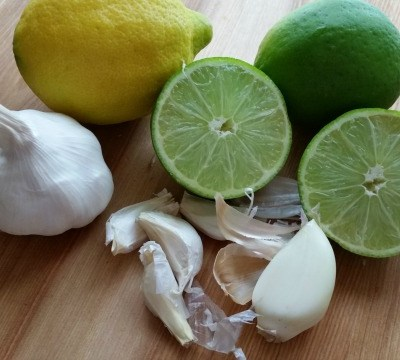 Easy Hack to Help Eliminate Garlic Odor