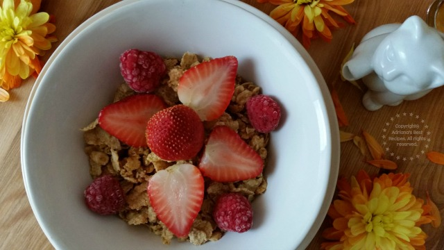 Happy National Cereal Day, start you day with whole grains! #HBOats #ad