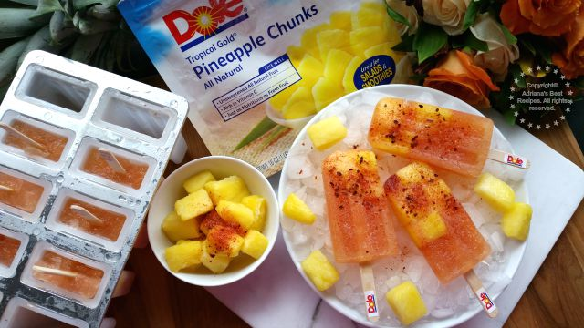 This Pineapple Chamoy Ice Pops are a Mexican Treat and a Childhood Favorite #DOLEcioso #ad