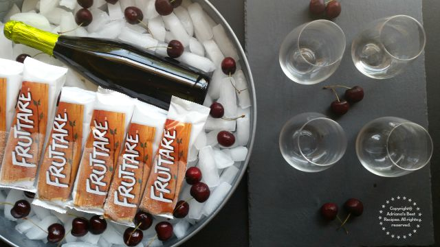 Making Cherry Mimosas with Fruttare Fruit Bars #FruttareLife #ad