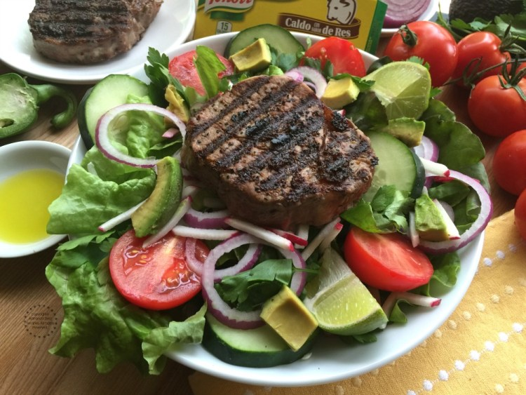 Grilled Beef Tenderloin Salad Ready in 15 Minutes