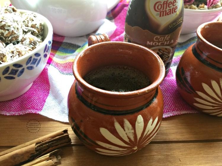 El cafecito es parte esencial de la sobremesa y no puede faltar.