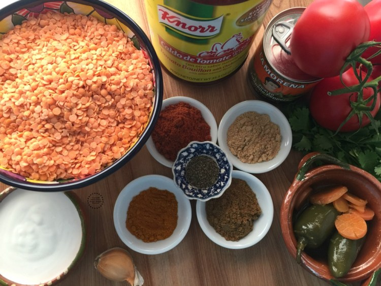 Ingredientes para la Sopa de Lentejas Rojas y Jalapeños