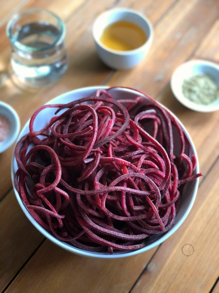 Ingredients for the pickled beets