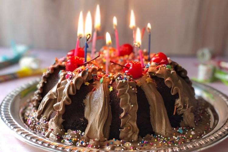 Pastel de Chocolate Favorito de los Cumpleaños