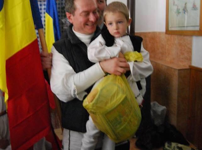 Moș Nicolae și o lume-ntreagă de cuprins