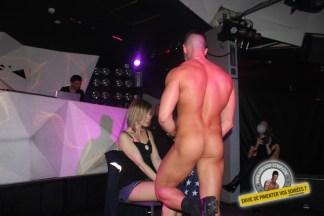 adriano show strip nu