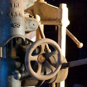 Pillar drill control