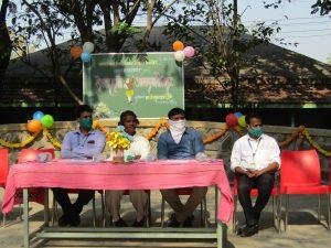 कवि-लेखक आपल्या भेटीला या उपक्रमांतर्गत हास्यकवि श्री. तुकाराम धांडे यांनी विद्यार्थ्याना मार्गदर्शन केले.