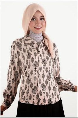 Model Baju Batik Atasan Untuk Wanita Muslimah Terbaru