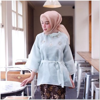Style kondangan hijabers Paling cantik