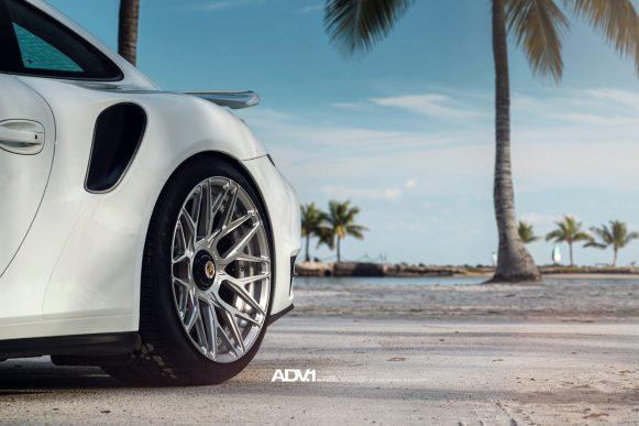 white-porsche-911-turbo-s-centerlock-991-forged-mesh-wheels-adv1-performance-rims-b
