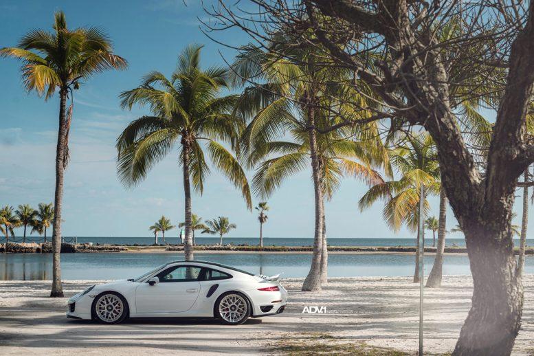 white-porsche-911-turbo-s-centerlock-991-forged-mesh-wheels-adv1-performance-rims-d