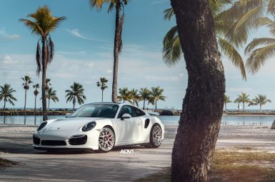 white-porsche-911-turbo-s-centerlock-991-forged-mesh-wheels-adv1-performance-rims-e