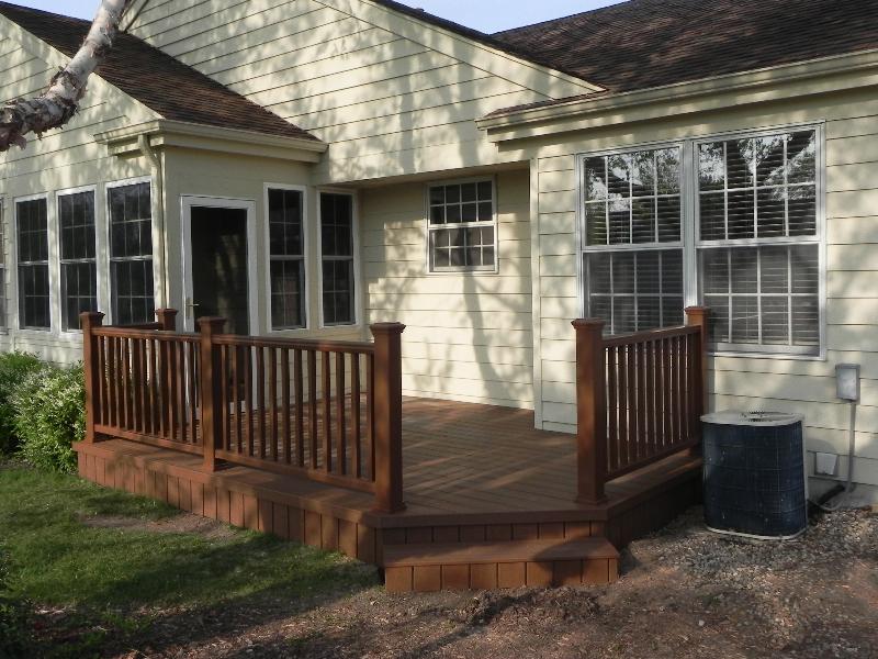 Trex Decks - AdvanceDeck and Sunroom - Trusted Illinois ... on Small Yard Deck id=35038