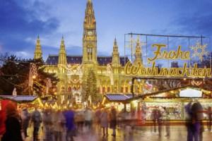 Weihnachtsmarkt i Wien Rathausplass, Østerrike