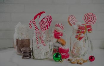 Julekalender fylt med utenlandske godteri