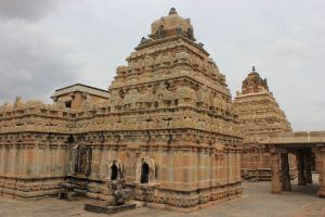 1024px Bhoganandishvara group of temples 810 AD a rear view of shrines in Chikkaballapur district