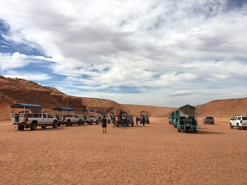 Guide to Antelope Canyon Tour Trucks