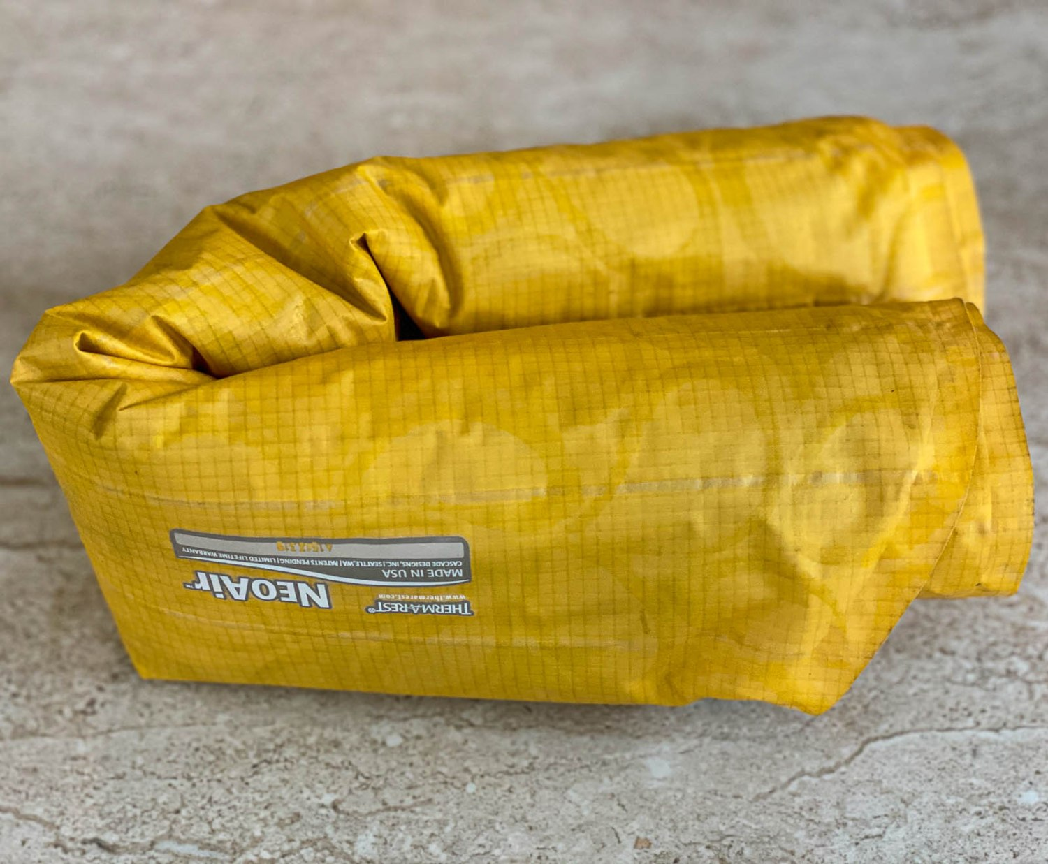 how to pack sleeping pad