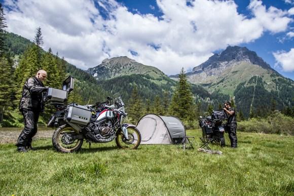 Hard luggage motorcycle