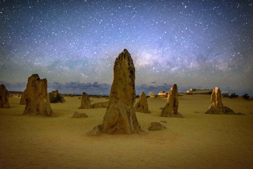 Самые красивые места в Австралии фотографии-Pinnacles of Australia Milky Way over National Park Намбунг