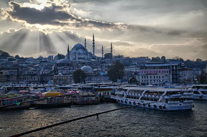Istanbul boat tour weather