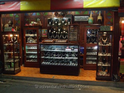 Chiang-Mai-Jewellery-Shop