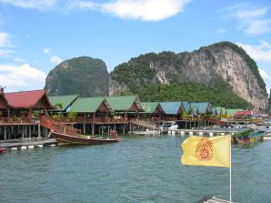 Koh-Panyi-Floating-Village-Phang-Nga5