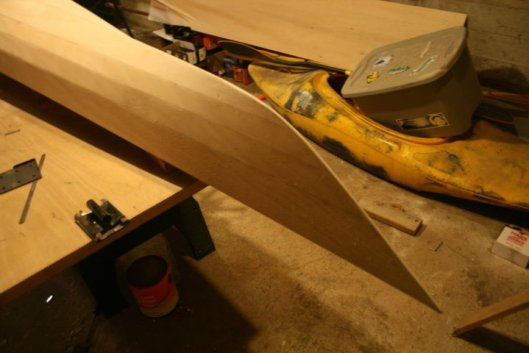 Building a wooden kayak: Fairing the hull smooth