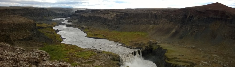 Downstream from the mighty Detifoss.