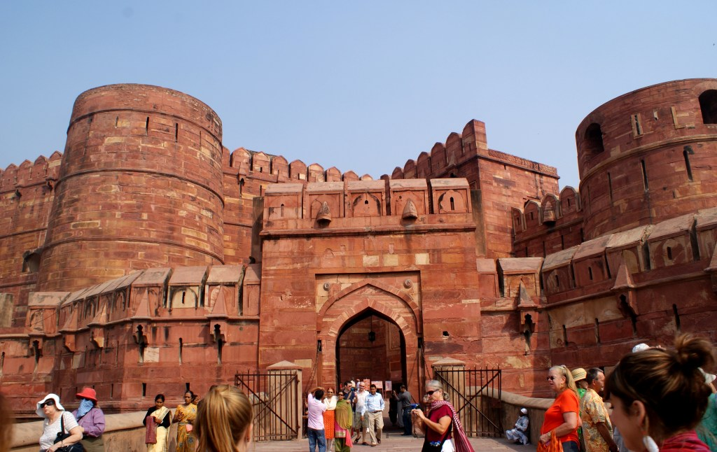 Entrance to the Agra Fort.