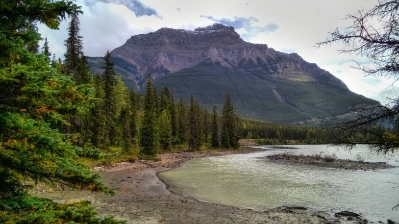 Mt Kerkeslin with the Athabasca River, just before the falls.