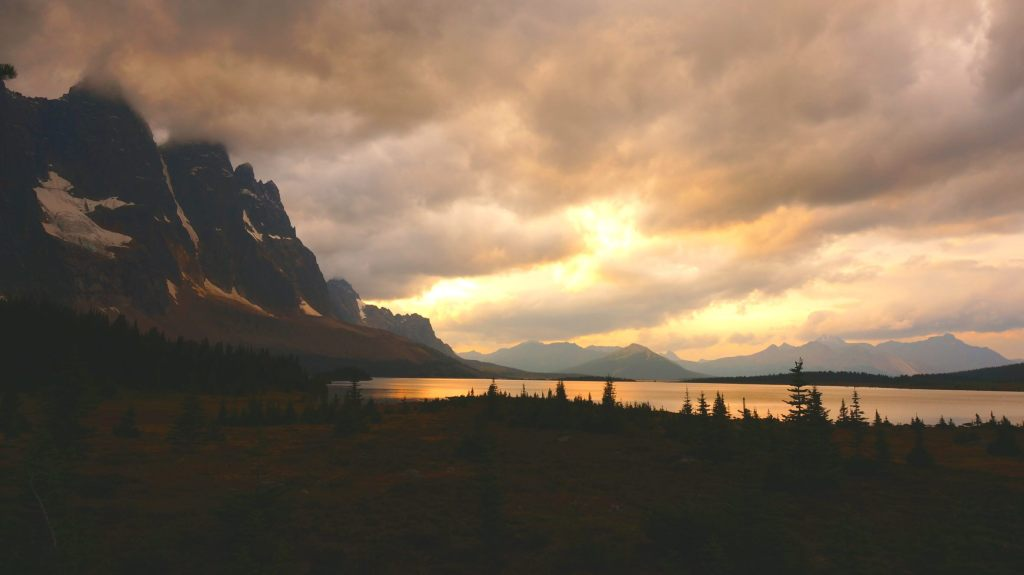 Sunset in Tonquin Valley.