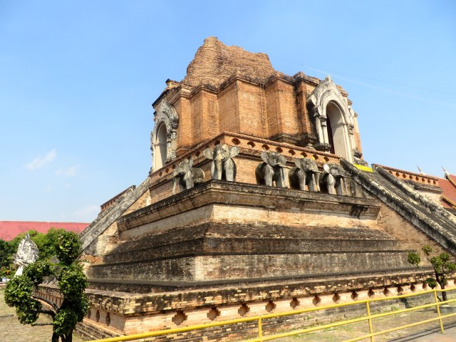The old temple at Wat Chedi Luang