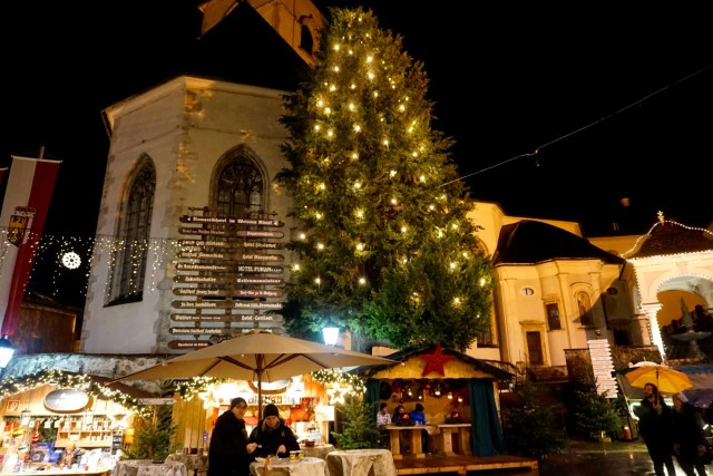 christmas-market-st-wolfgang-austria