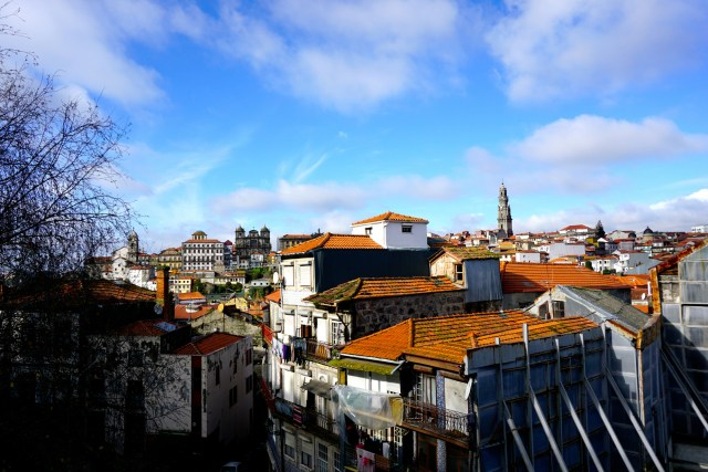 what to do in porto portugal free walking tour