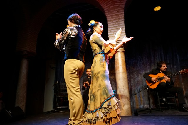 what to do in seville flamenco show