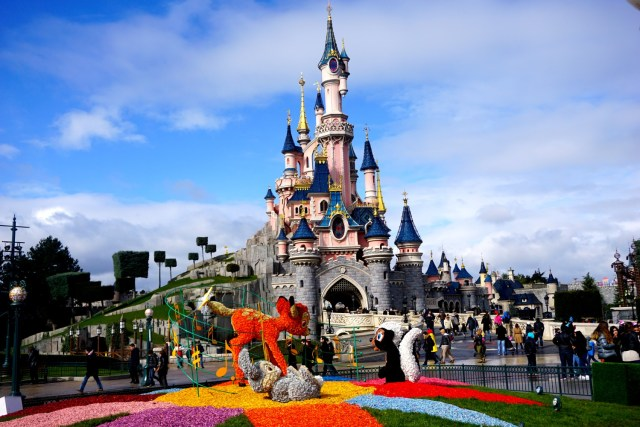 what to do in paris complete guide to paris disneyland paris