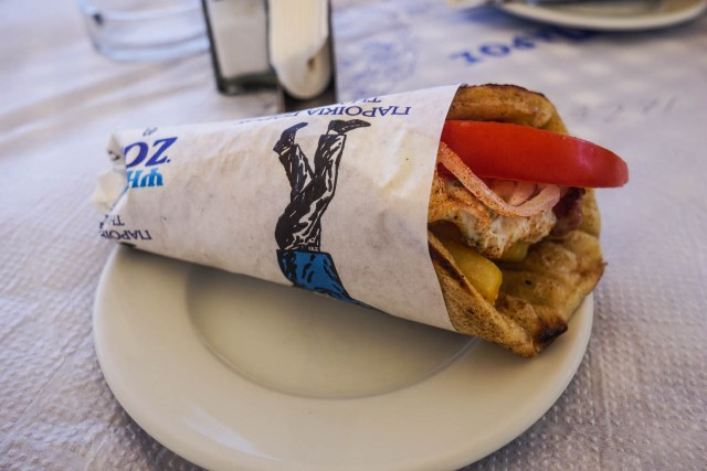 what to eat in greece gyros