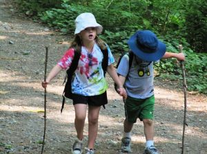 hiking with kids and staying sane