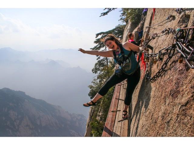 Hua Shan plank walk
