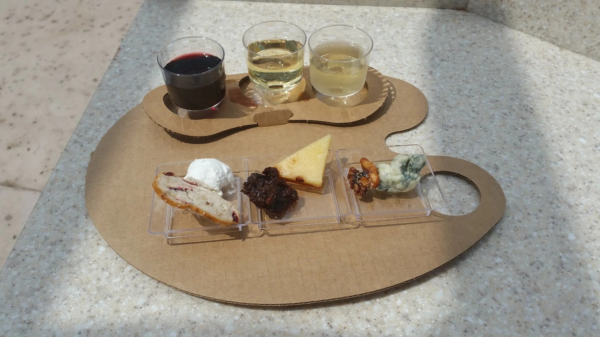 Artist Palette of Wine and Cheese, Photo Credit Capturing Magical Memories