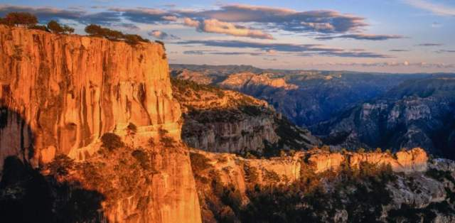Las Barrancas del Cobre / Copper Canyon