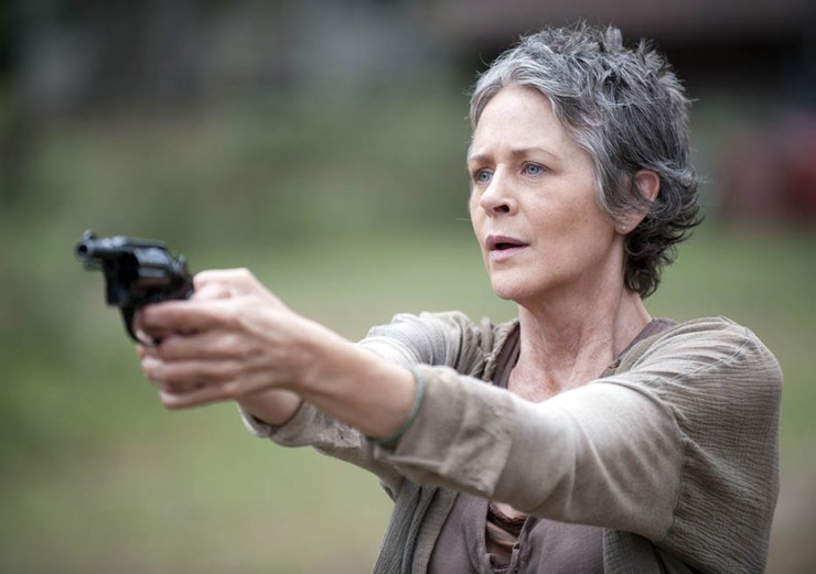 the-walking-dead-season4-episode14-carol-gun