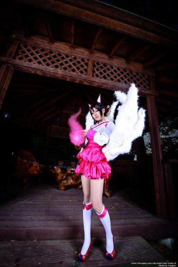 league-of-legends-dynasty-ahri-cosplay-6