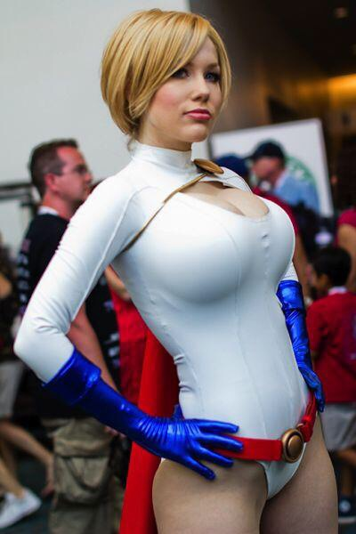 power-girl-crystal-graziano-15