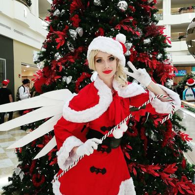 overwatch-christmas-mercy-by-megan-coffey-2